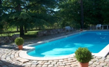 GITE DANS DEMEURE DE CARACTERE avec piscine