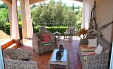 Uzès / Pont du Gard:gîtes+piscine partagée+rivière
