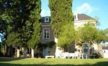 Maison de famille très au calme avec piscine et jardin arboré