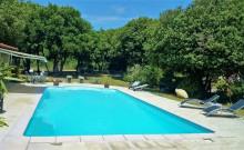 Location vacances à Montolieu -15mn de Carcassonne - Piscine sécurisée, Pool house