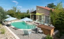 Grande villa avec piscine privée en Provence