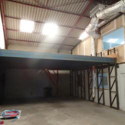 Location Local d'activités Launaguet 200 m²