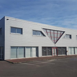 Location Local commercial Montgermont 965 m²