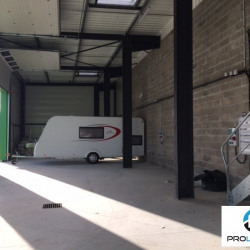 Location Local d'activités Saint-Aubin-sur-Gaillon 250 m²