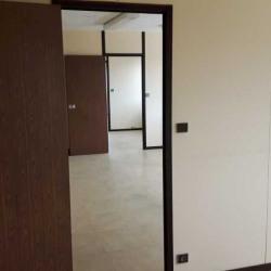 Location Bureau Bruges 151 m²