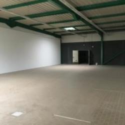 Location Local d'activités Cournon-d'Auvergne 248 m²