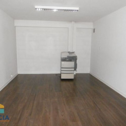 Location Local commercial Clermont-Ferrand 76 m²