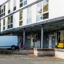 Location Local d'activités Pontoise 455 m²