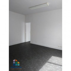 Location Local commercial Melun 51 m²