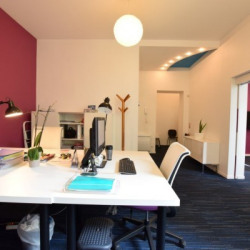 Location Bureau Nantes 61 m²
