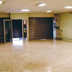 Location Local commercial Grenay 180 m²