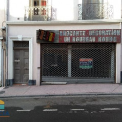 Location Local commercial Béziers 241 m²