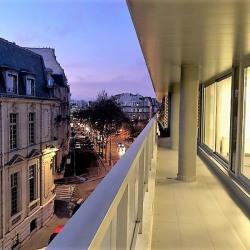 Location Bureau Paris 16ème 95 m²