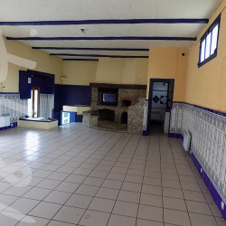 Vente Local commercial Auch 130 m²