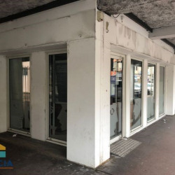 Location Local commercial Firminy 0 m²