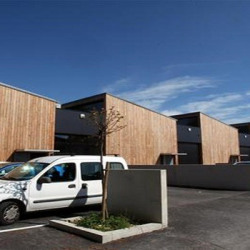 Location Local d'activités Avignon 215 m²