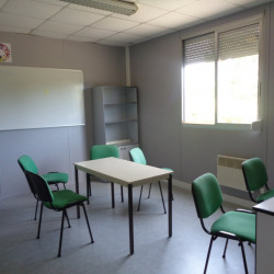Vente Local d'activités Gravigny 438 m²