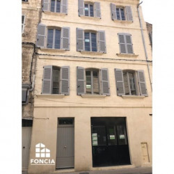 Location Local commercial Avignon 17 m²