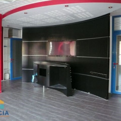 Location Local commercial Tarare 50 m²