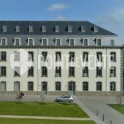 Location Local commercial Saint-Brieuc 61 m²