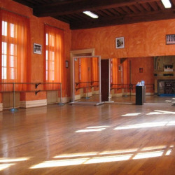 Location Local commercial Dijon 98 m²