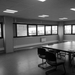 Location Bureau Warluis 170 m²