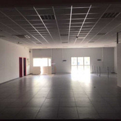 Location Local commercial Mérignac 196 m²