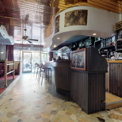 Vente Local commercial Modane 1000 m²