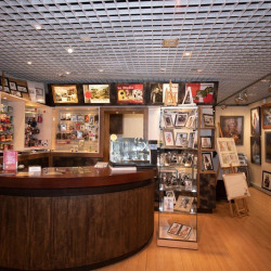Location Local commercial Sucy-en-Brie 57 m²