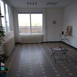 Location Local commercial Soyons 104 m²