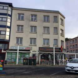 Location Local commercial Brest 97 m²