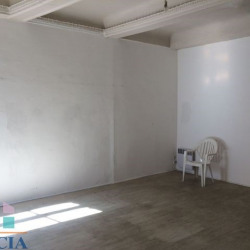 Location Local commercial Toulon 83 m²
