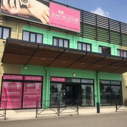 Location Local commercial Proville 292 m²