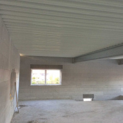Vente Local d'activités Saint-Amand-les-Eaux 550 m²