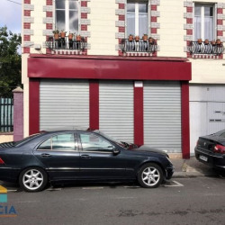 Location Local commercial Aubervilliers 49 m²