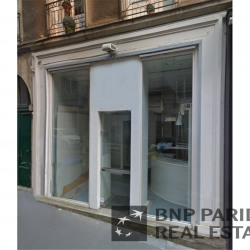 Location Bureau Nantes 53 m²