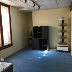 Location Local commercial Chartres 87 m²