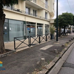 Location Local commercial Saint-Maur-des-Fossés 26 m²