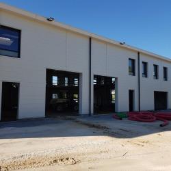 Vente Entrepôt Serris 990 m²