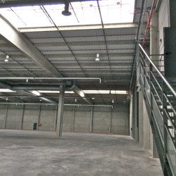 Location Local d'activités Feignies 10582 m²