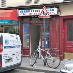 Location Local commercial Paris 7ème 11 m²