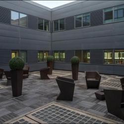 Location Bureau Colombes 1443 m²