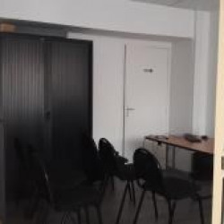 Location Local commercial Clermont-Ferrand 27 m²
