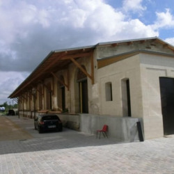 Location Local commercial Chantilly 460 m²