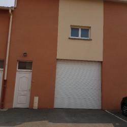 Location Entrepôt Villeneuve-le-Roi 109 m²