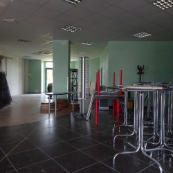 Location Local commercial L'Isle-Jourdain 138 m²