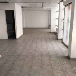 Vente Local commercial Paris 15ème 57 m²