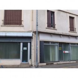 Location Local commercial Houilles 74 m²