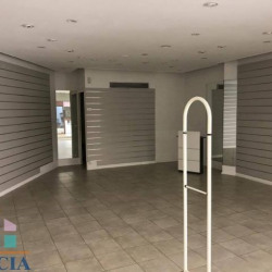 Location Local commercial Chartres 51 m²