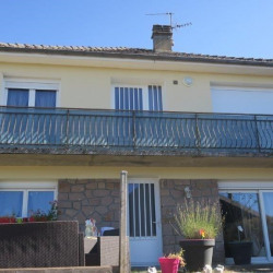 Vente Local commercial Ussel 134 m²